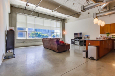 1130 S Flower St #204, Los Angeles
