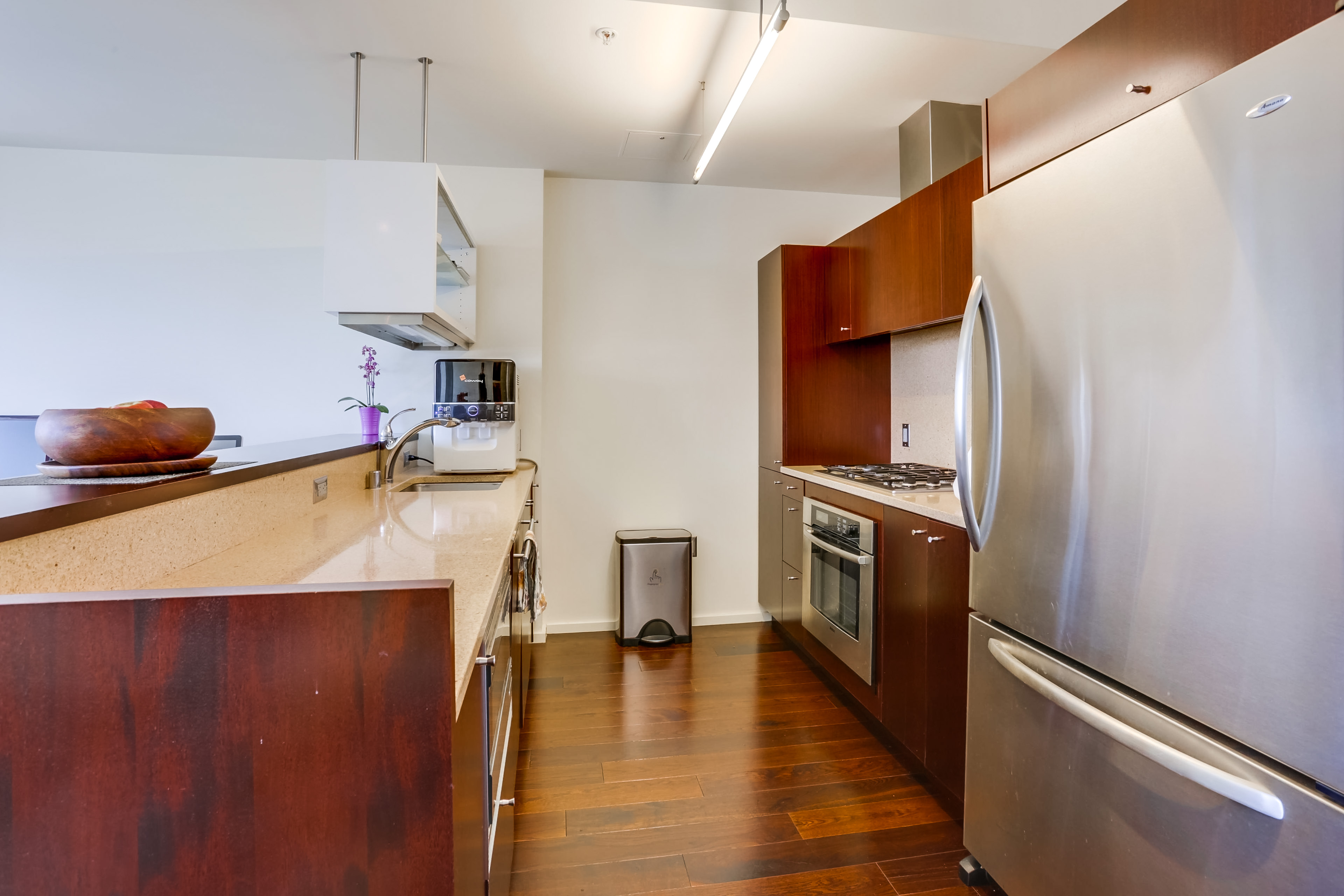 1155-s-grand-ave-1014-017