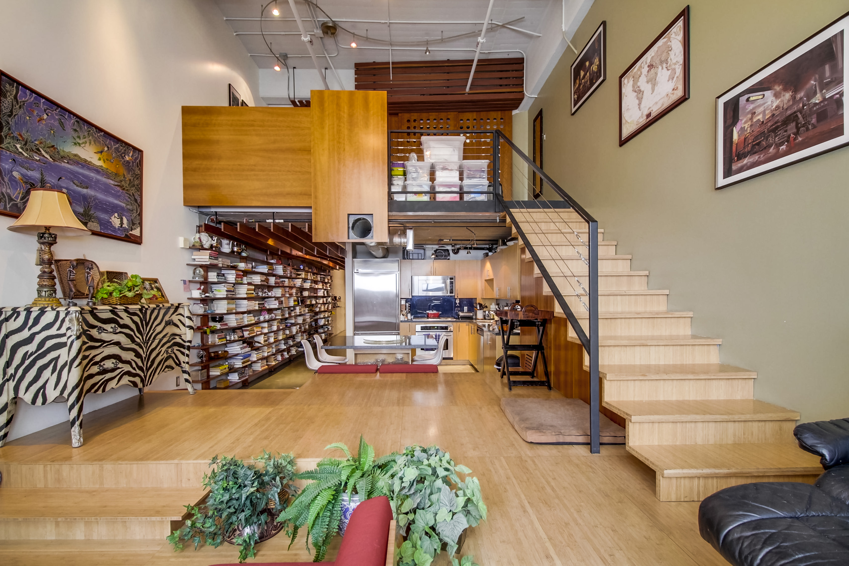 1155-s-grand-ave-404-009